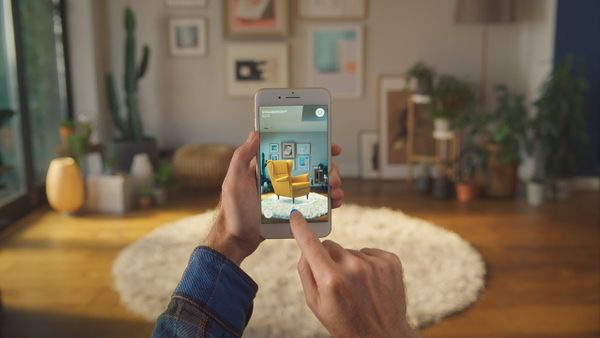 How Can Augmented Reality Make Shopping Easier?